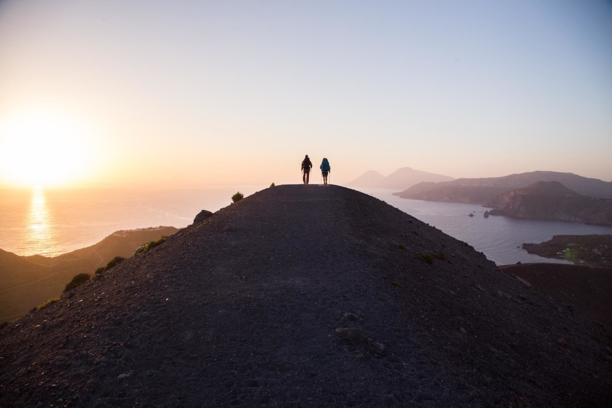 TREKKING ON THE AEOLIAN ISLANDS - ES