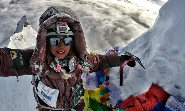 STEFI TROGUET, ON THE TOP OF MANASLU, HER SECOND EIGHT-THOUSAND-fr